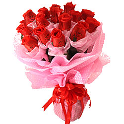 Long Lasting – Red Roses Bouquet