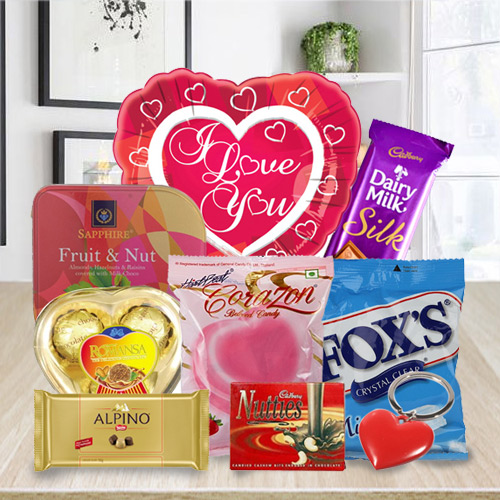 Impressive Love Chocolaty Hamper