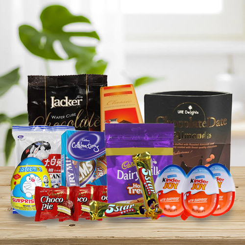Enticing Chocolate Hamper for Kids