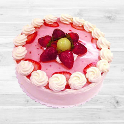 Delectable Floral design Strawberry Cake