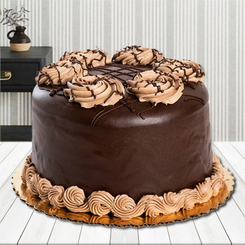 Pleasurable Palate 2.2 Lb Chocolate Cake
