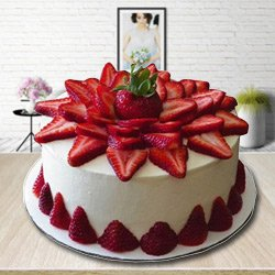 Book Online Strawberry Cake