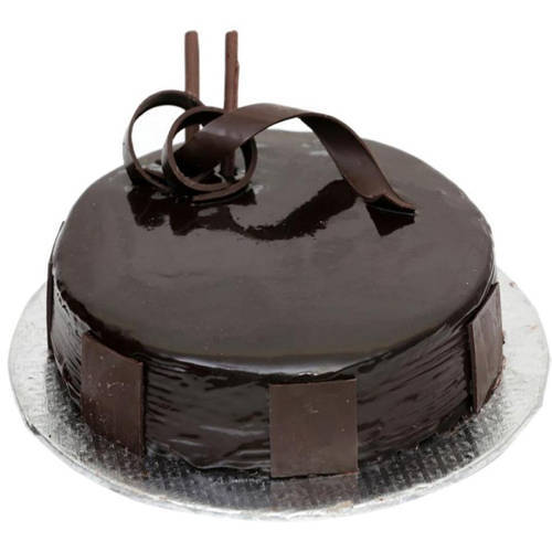 3/4 Star Bakerys Festooning Relationship 1 Lb Birthday Dark Chocolate Cake