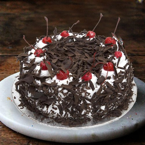 3/4 Star Bakerys Magnificent 2.2 Lb Black Forest Cake