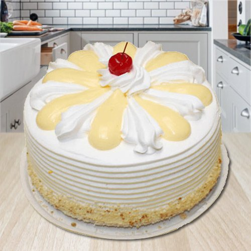 3/4 Star Bakerys Happiest Cheers 1 Kg Vanilla Cake