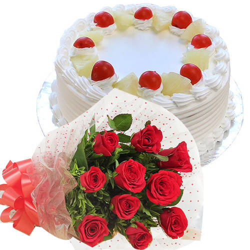Radiant Red Roses Hand Bunch with Soft Pineapple Cake