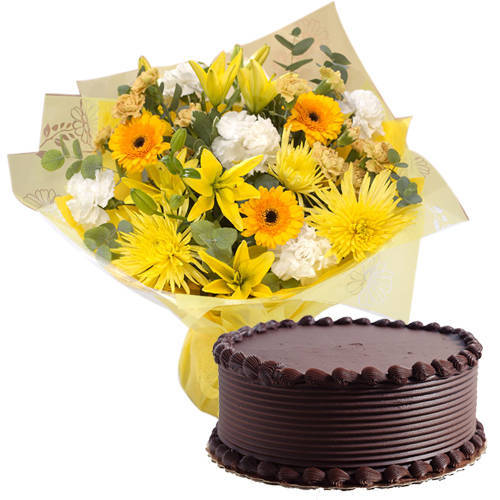 Delightful Combo of Chocolate Cake with Mixed Flowers Hand Bunch