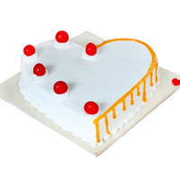 Send Heart-Shape Vanilla Cake Online