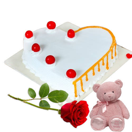 Mesmerizing Heart-Shape Vanilla Cake with Teddy N Red Rose