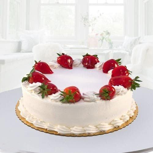 Eggless Strawberry Cakes for Mom