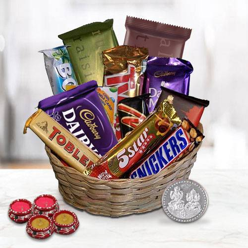 Extravagant Festive Era Chocolate Gifts Hamper