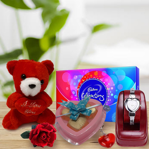 Scintillating Feelings of Love Gift Hamper