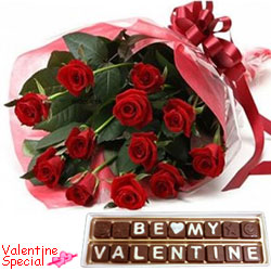 Toothsome Be My Valentine Hand Made Chocolates N Red Roses Bouquet Gift Combo