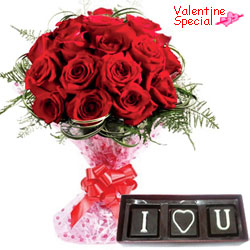 Enchanting Valentine Gift of Red Roses with Handmade Chocolates