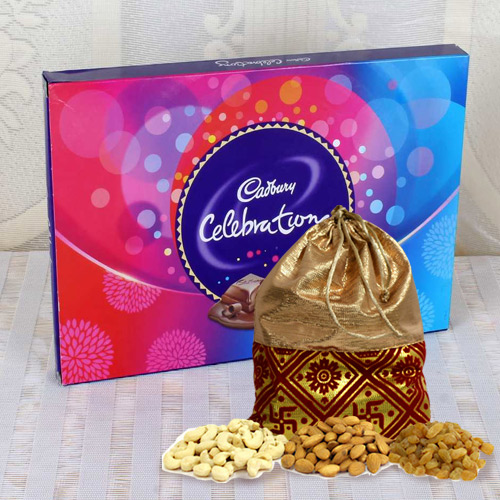Delicious Mixed Dry Fruits Potli with Chocolate Pack