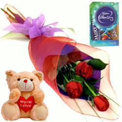 Red Roses Bunch with Teddy N Chocolates