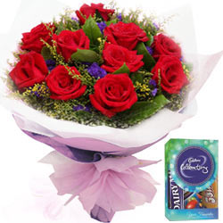 Cadbury Mini Celebrations Pack N Red Rose Bouquet