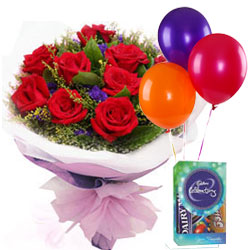 Red Roses Bunch with Chocolates N Balloons