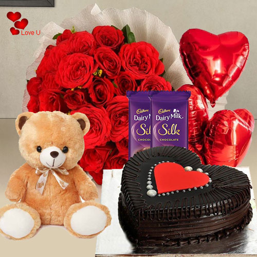 Blush of Happiness Valentine Hamper