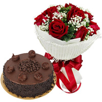 Deliver Combo of Red Roses Bouquet N Chocolate Cake Online
