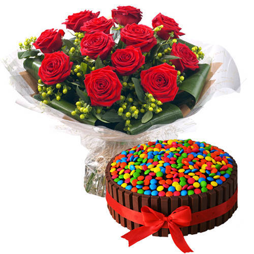 Exotic Red Roses Bouquet with Kit Kat Cake