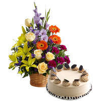 Buy Mixed Flowers Arrangement with Coffee Cake Online
