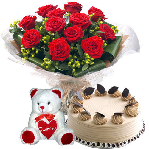 Magnificent Gift of Coffee Cake N Teddy with Red Roses Bouquet