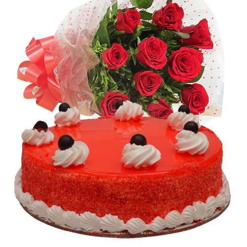 Fabulous Combo of Red Roses Bouquet N Red Velvet Cake
