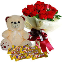 Sweet-Smelling Red Roses Bouquet with Cadbury 5 Star N Teddy