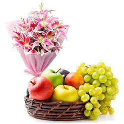 Wholesome Fresh Fruits Baskets with Aromatic Bouquet of Lilies