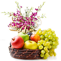 Carefully-Selected Fresh Fruits Basket with Aromatic Orchids Bunch