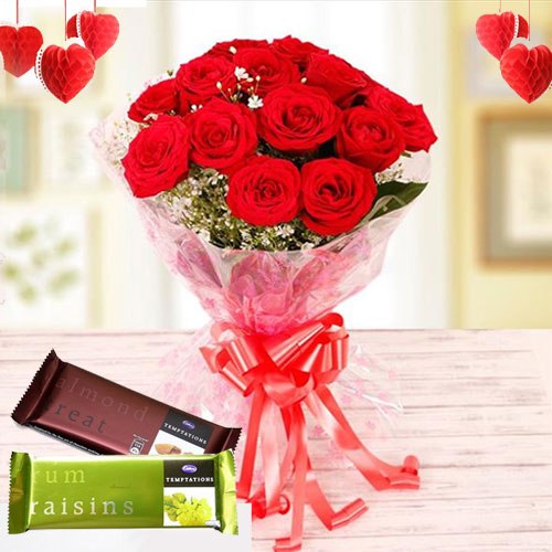 Attractive Combo of Cadbury Chocolates N Red Rose Bunch