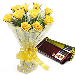 Marvelous Combo of Chocolates with Happiness Rose Bouquet