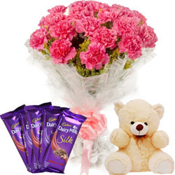Alluring Collection of Dairy Milk Silk with Teddy N Floral Bunch