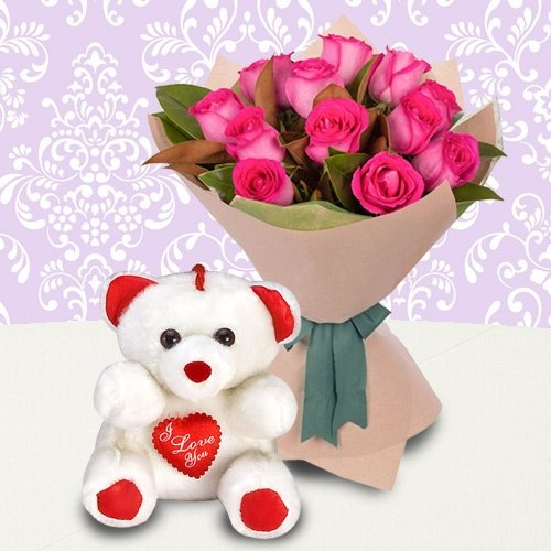 Fantastic Roses Bunch with Teddy Bear with Lots of Love