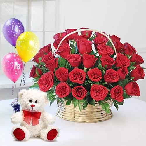 Gorgeious 50 Red Red Roses along with enjoyable Ferrero Rocher Chocolate box