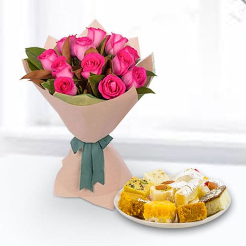 Pink Roses Bunch N Assorted Sweets Box