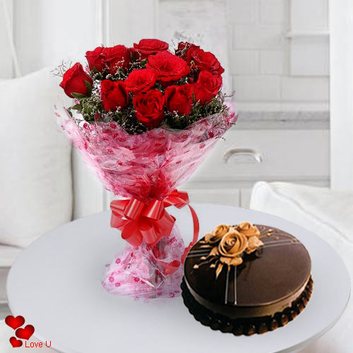 12 Fantastic Dutch Red Roses with Taj / 5 Star Bakery Cake