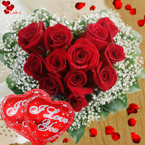 Heart Shaped Startling Dutch Roses with Balloons
