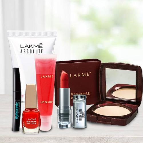 Pretty Faces with Lakme Make Up Hamper