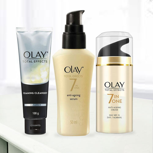 Stay Young with Olay Anti-Ageing Gift Hamper