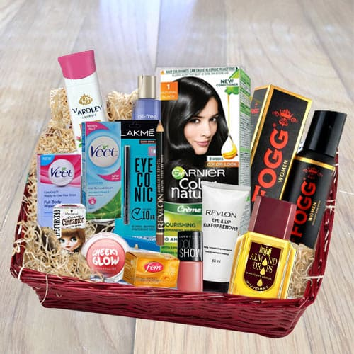 Incomparable Woman Essential Hamper