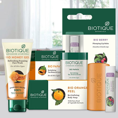 Pretty Combo of Skin Care Products for Women from Biotique