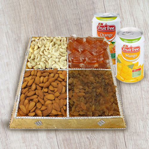 Dry Fruits Gift Tray with Beverages