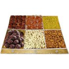 Aroma's Lure Dry Fruits and Chocolate Assemblage