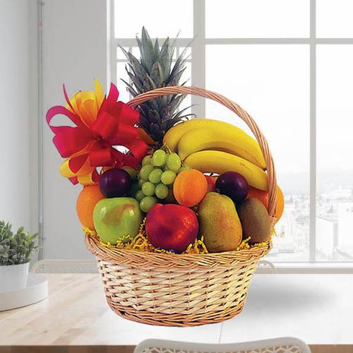 Luxurious Fresh Fruits Basket