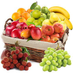Amazing Fresh Fruits Basket