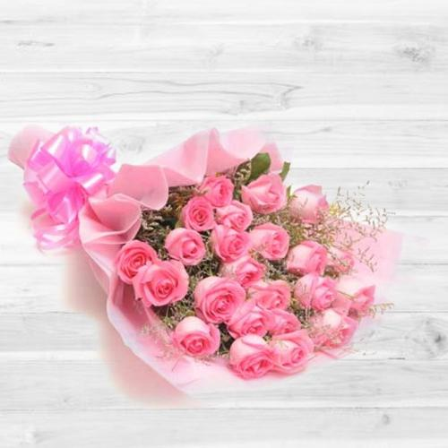 Wonderful Bouquet of Pink Roses