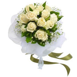 Attractive White Roses Bunch