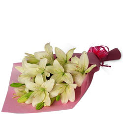 Stunning Bouquet of White Lilies